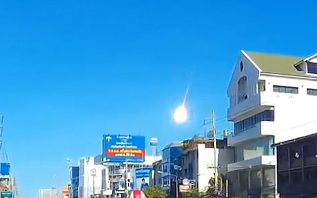 Fireball Lights Up the Sky Over Bangkok